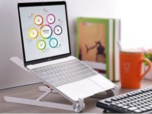 Read more about the article monitor and laptop mounts